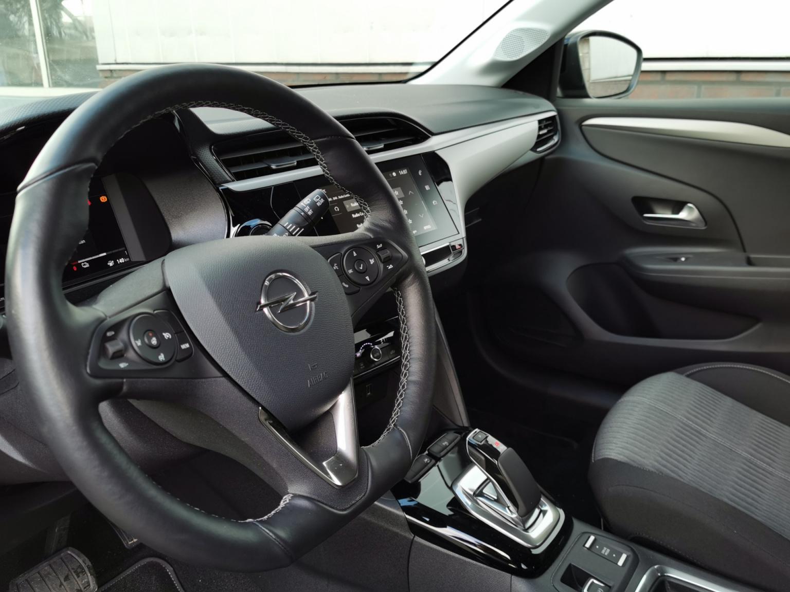 Opel-CORSA-E-10