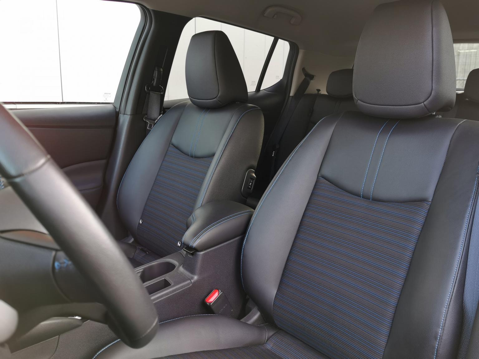 Nissan-Leaf-11