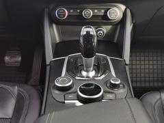 Alfa Romeo-Stelvio-14