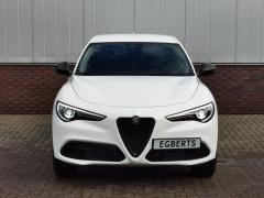 Alfa Romeo-Stelvio-26