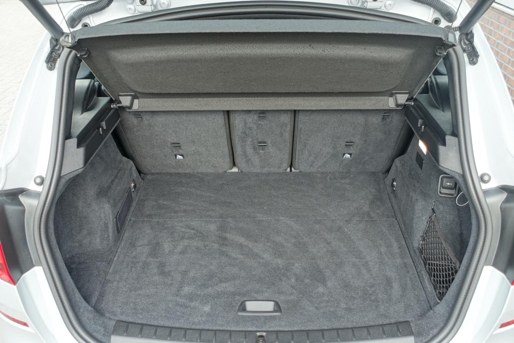 BMW-2 Serie-11